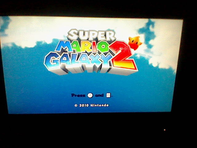 Super Mario Galaxy 2 Available! HNI_0078