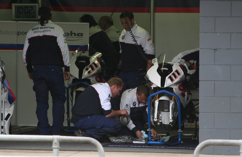 THE TOPIC of  SBK 2009 - Page 5 BMWtechs