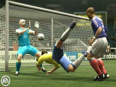 Những tính năng cơ bản của Fifa Online 2 Image003