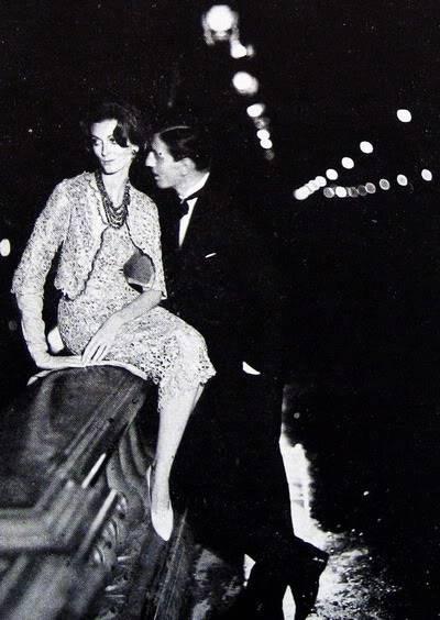 Carmen Dell'Orefice by Avedon ~ Sept. 1957 Bazaar Blog_CarmenDO_1957_Sep_Bazaar_220_R