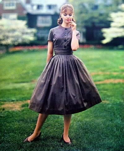 NEW Elinor Rowley Photos ~ 1955-1963 Blog_ElinorR_1960_Aug_17_BettyBarclay