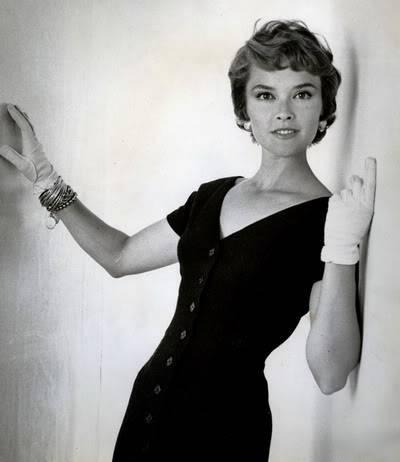 Helen Ryan in Black & White ~ 1950s-1960s Blog_HelenR_1950s_Sheath_BW_CloseUp