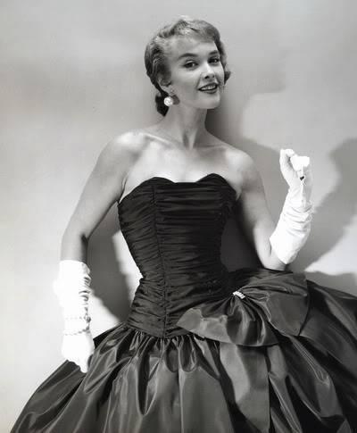 Helen Ryan in Black & White ~ 1950s-1960s Blog_HelenR_1950s_StraplessGown_BW