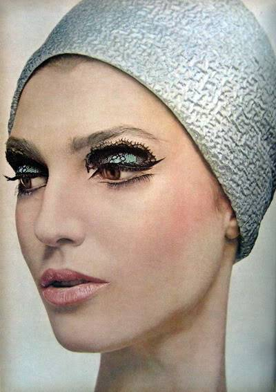 Makeup Artist Pablo Manzoni ~ 1964 Vogue Blog_PabloManzoni_1964_Dec_Vogue_188_Eye_BenedettaB