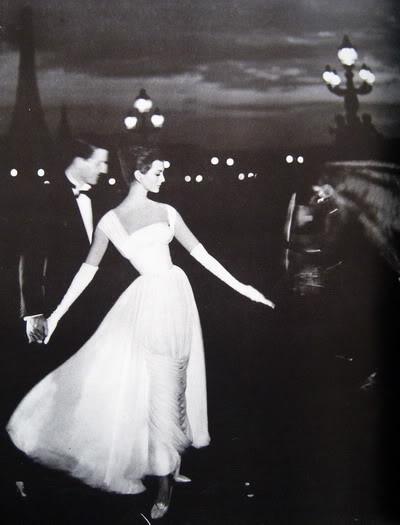 Carmen Dell'Orefice by Avedon ~ Oct. 1957 Bazaar CarmenDO_1957_Oct_Bazaar_148_GoddeB