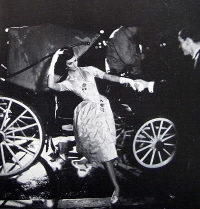 Carmen Dell'Orefice by Avedon ~ Oct. 1957 Bazaar CarmenDO_1957_Oct_Bazaar_149_Lanvin