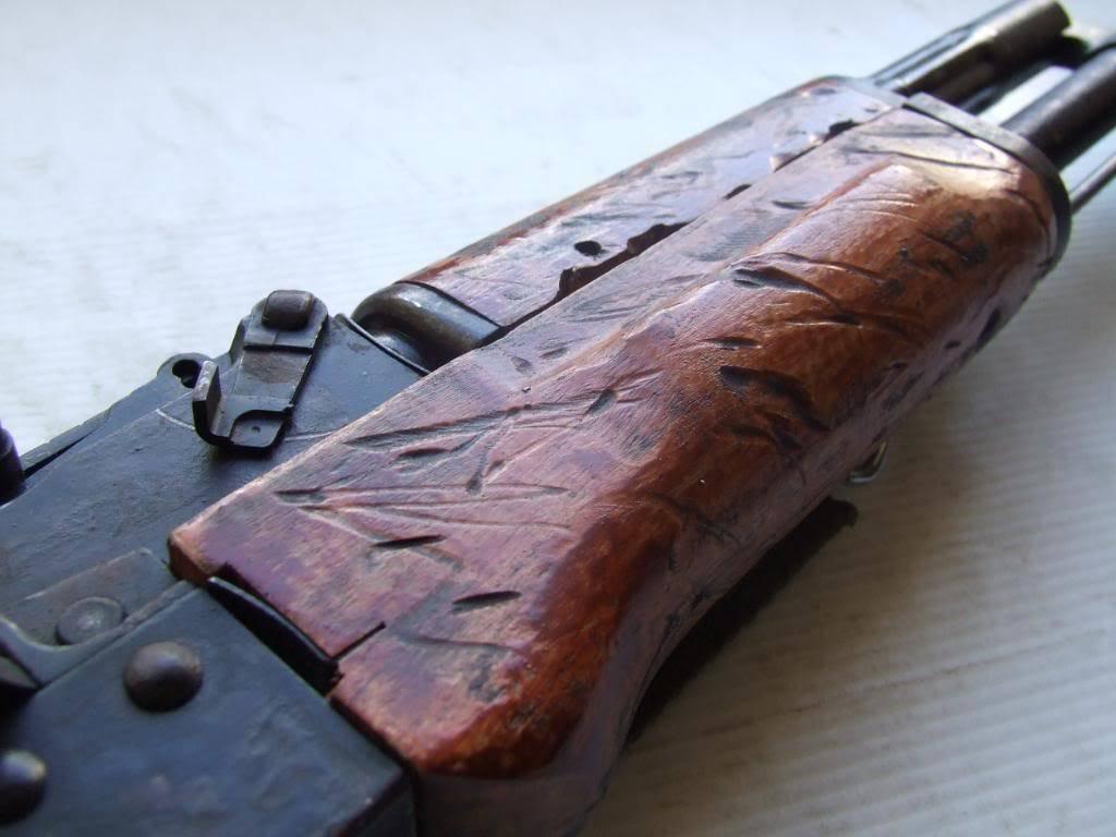 AKS- 74 bem usada.... DSCF4776