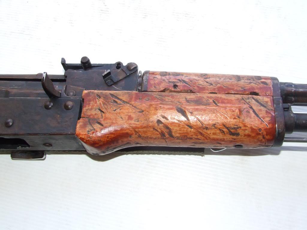 AKS- 74 bem usada.... DSCF4778