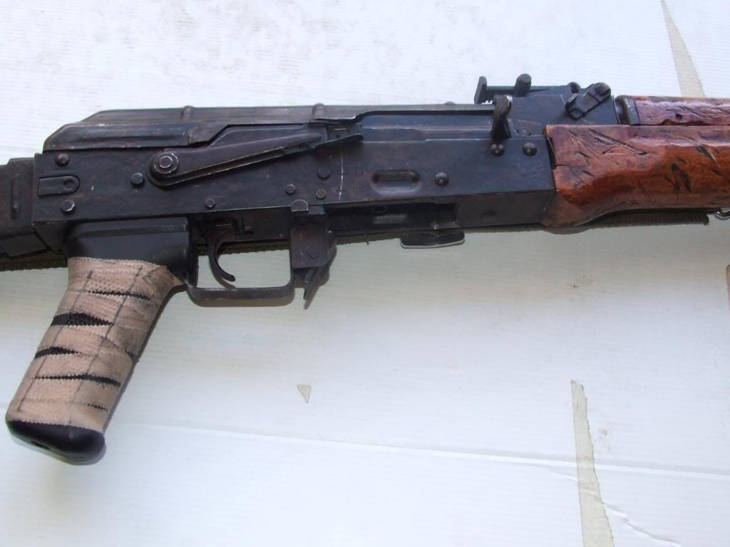 AKS- 74 bem usada.... DSCF4779