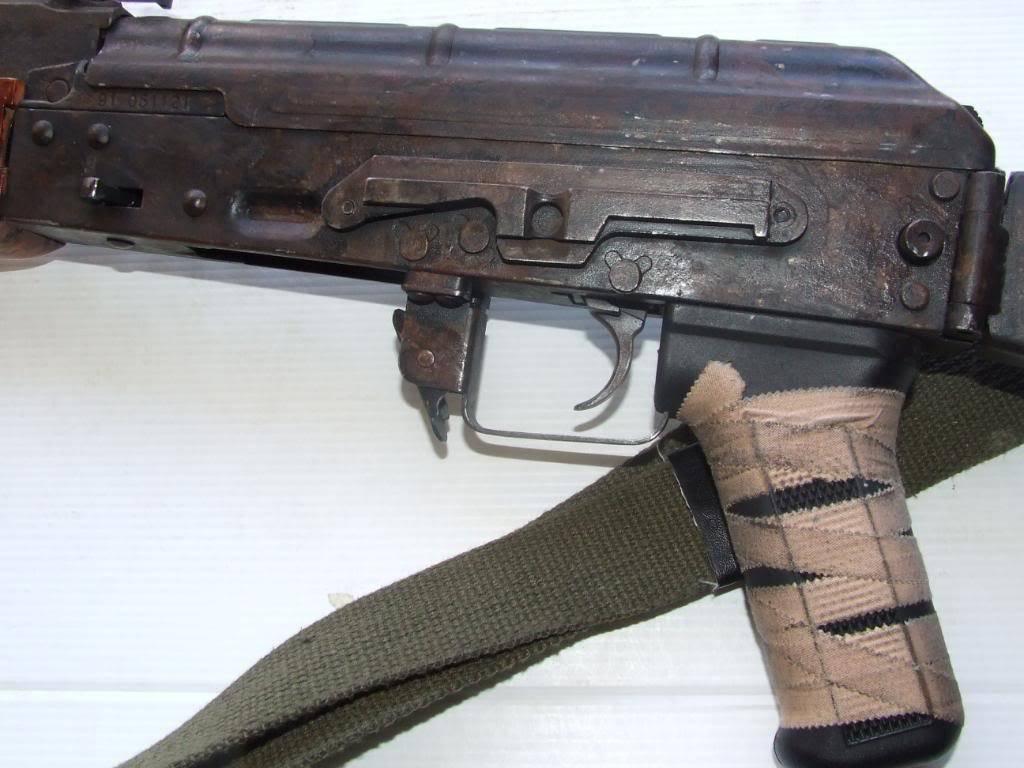 AKS- 74 bem usada.... DSCF4780