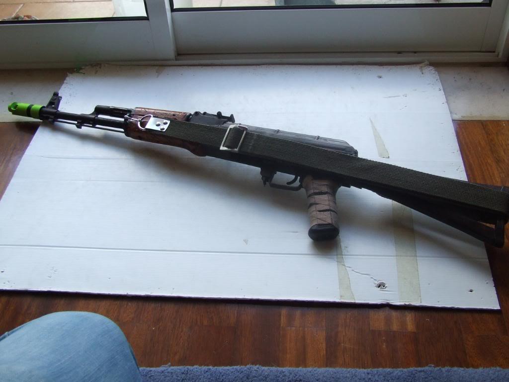 AKS- 74 bem usada.... DSCF4787