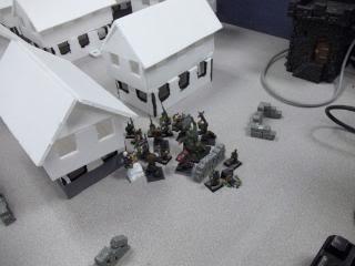 Mordheim Campaign Round 2 Part 2 (Battle Report) 103_0339