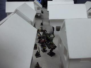 Mordheim Campaign Round 2 Part 2 (Battle Report) 103_0342