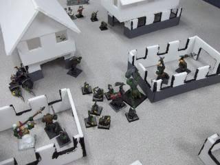 Mordheim Campaign Round 2 Part 2 (Battle Report) 103_0346