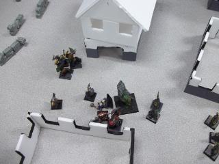 Mordheim Campaign Round 2 Part 2 (Battle Report) 103_0349