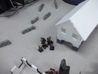 Mordheim Campaign Round 2 Part 2 (Battle Report) 103_0350