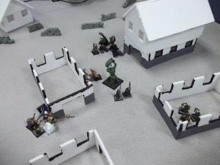 Mordheim Campaign Round 2 Part 2 (Battle Report) 103_0351