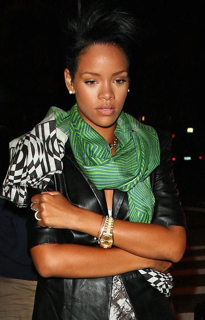 Rihanna: Da Silvano Sunday! - Page 2 Bba8e45f