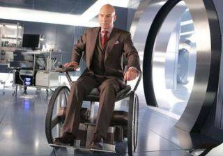 S01xEp. 04 - Cursed Gift Patrick-stewart-in-x-men-1