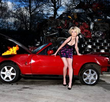 Reality Show >> America's Next Top Model (Cycle 19 - College Edition - Vota ya! Pag. 13) - Página 2 Sophie-car-431x400