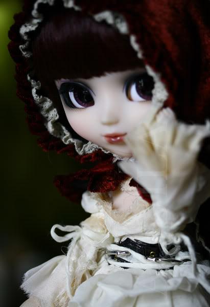 [Pullip Bloody Red Hood] --- La Demoiselle...  Pulip3