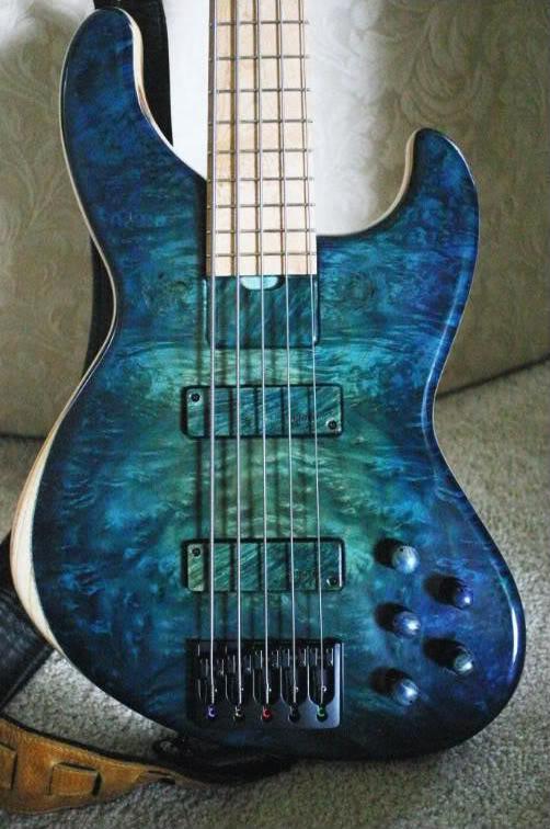 Skjold basses SkloldLP-1-1