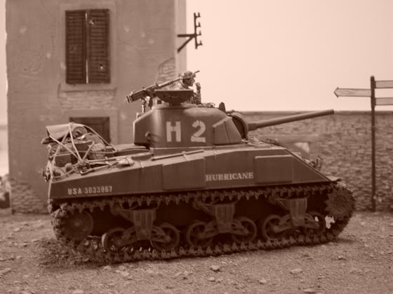 SHERMAN EN NORMANDIE 53