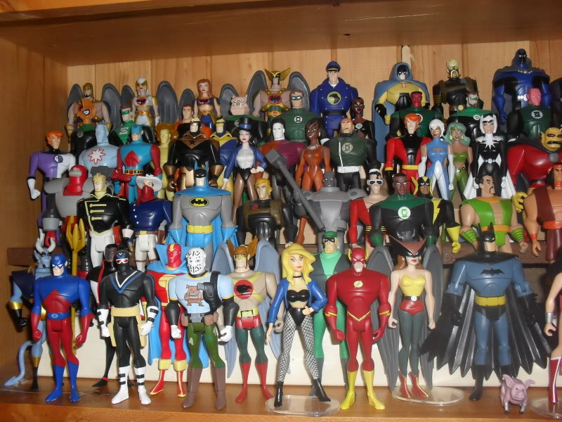 NiteOwl's Collection- updated JLU shelving bottom page 1 SDC11212