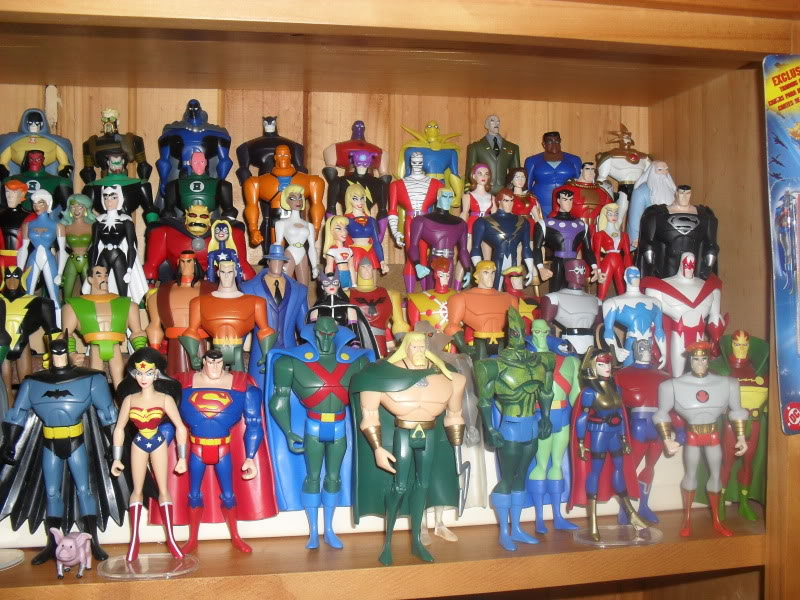 NiteOwl's Collection- updated JLU shelving bottom page 1 SDC11213