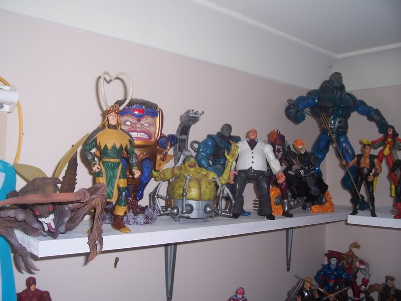 NiteOwl's Collection- updated JLU shelving bottom page 1 Ja023