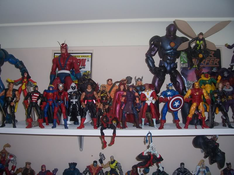 NiteOwl's Collection- updated JLU shelving bottom page 1 Ja024