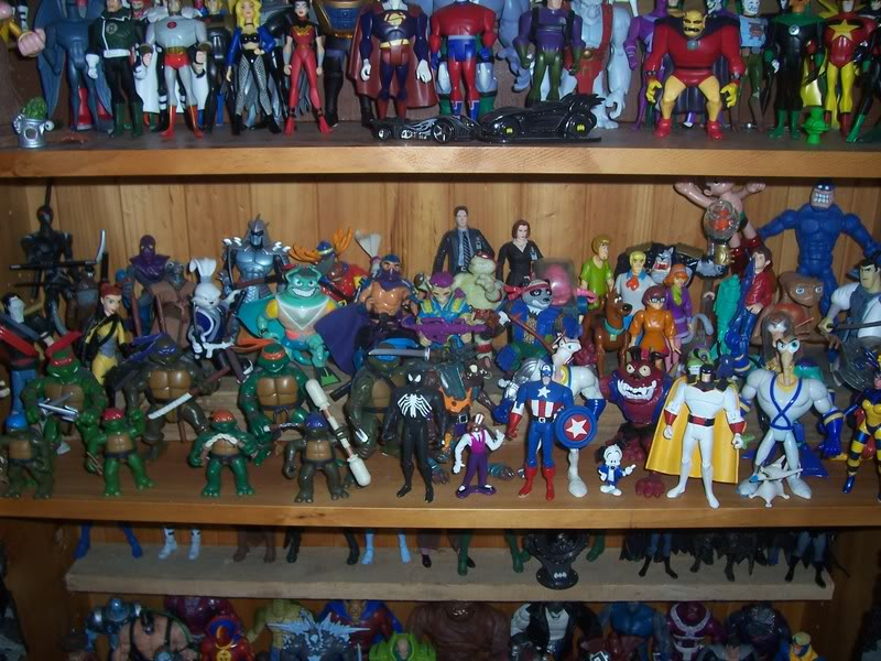 NiteOwl's Collection- updated JLU shelving bottom page 1 Ja040
