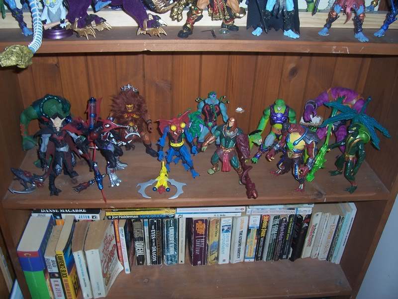 NiteOwl's Collection- updated JLU shelving bottom page 1 Ja047