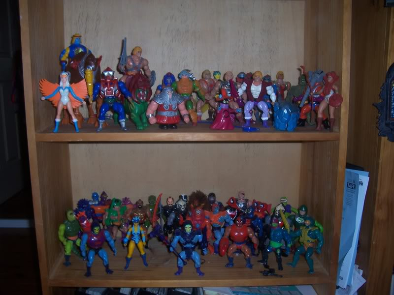 NiteOwl's Collection- updated JLU shelving bottom page 1 Ja049