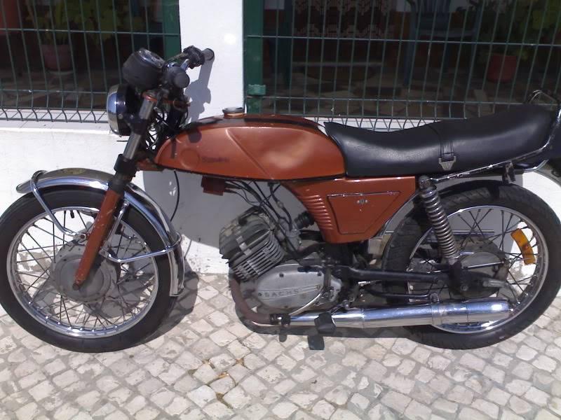 Máquinas de 2 rodas 29092011082