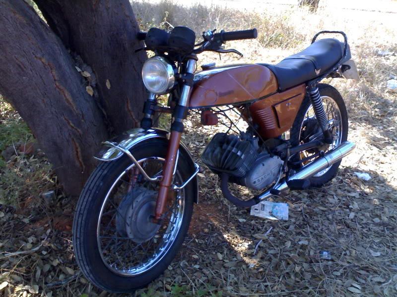 Máquinas de 2 rodas 29092011094