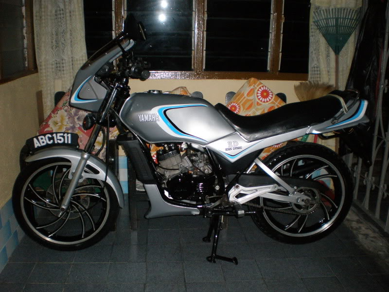 Yamaha RD125 LC from Teluk Ensen P5083060