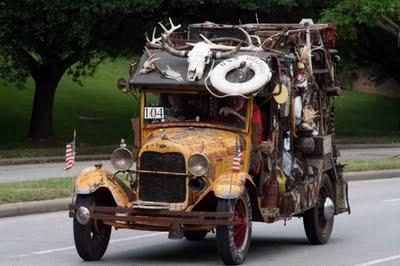Basikal Tua Haji Bakhil bin Haji Kedekut utk Dijual!! Weird_Car_Parade_4