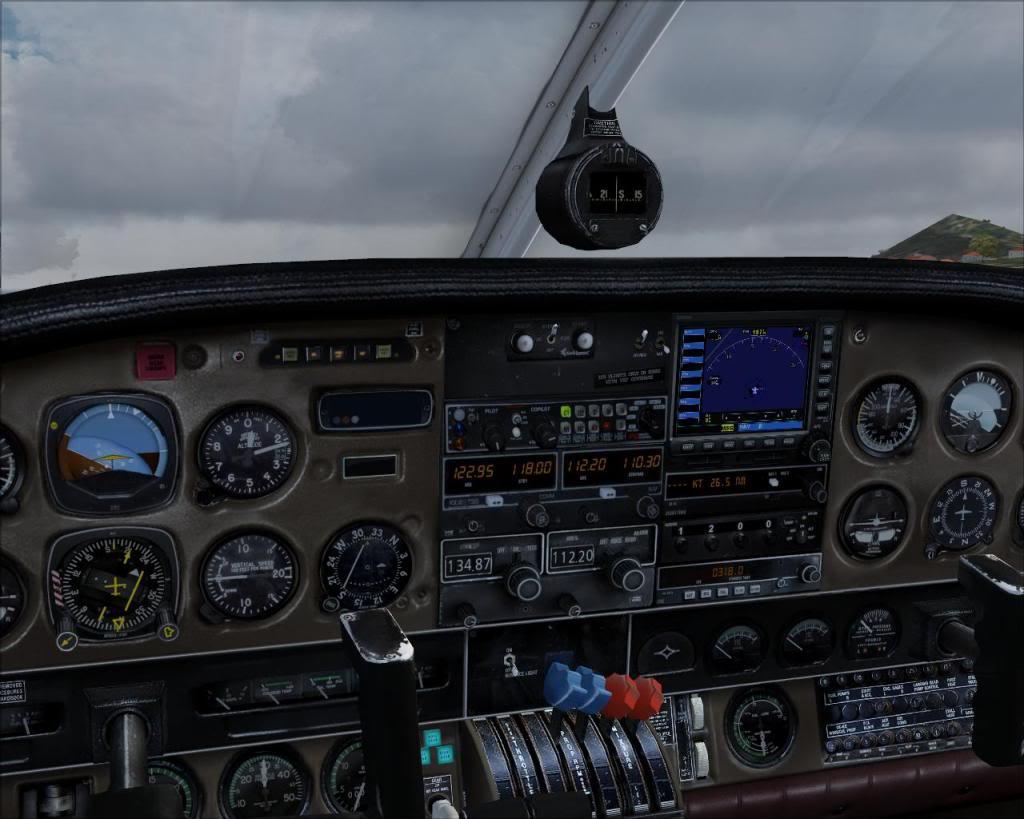 (FS9) PA34 Seneca aterra na Madeira Fs92011-04-2619-57-20-43