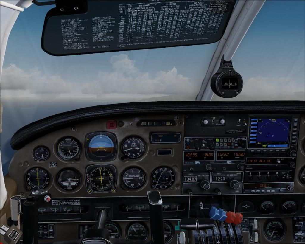(FS9) PA34 Seneca aterra na Madeira Fs92011-04-2620-30-53-25