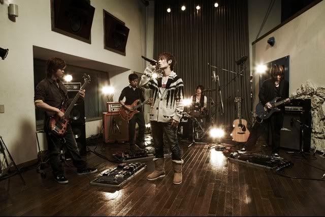 Yahoo Music especial - UVERworld YahooGalery5
