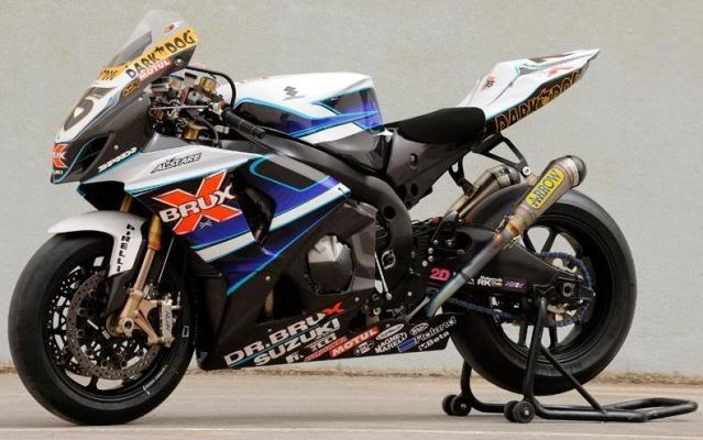 HISTÓRIA - SUZUKI GSX-R1000 Suzuki_Altare