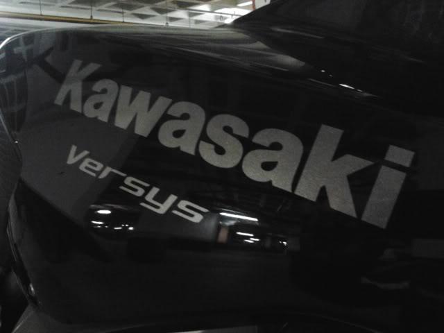 É a minha Kawasaki Versys - Monster na Área!!! 2011-09-08175849