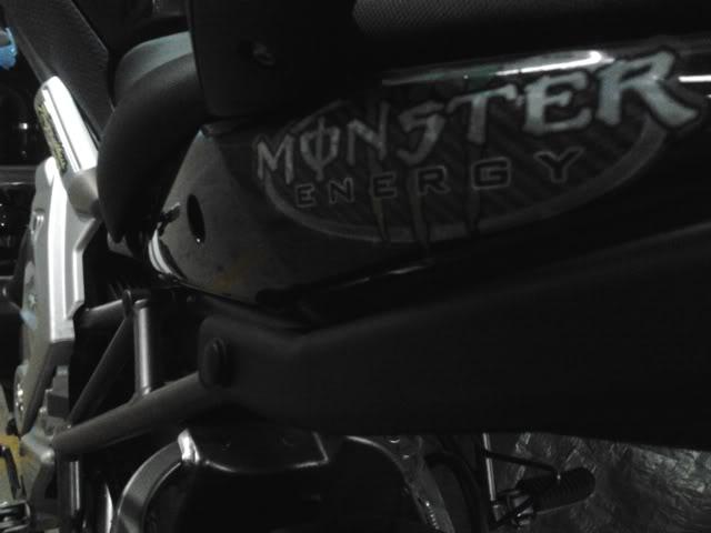É a minha Kawasaki Versys - Monster na Área!!! 2011-09-21204825