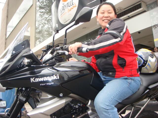 É a minha Kawasaki Versys - Monster na Área!!! DSC00216