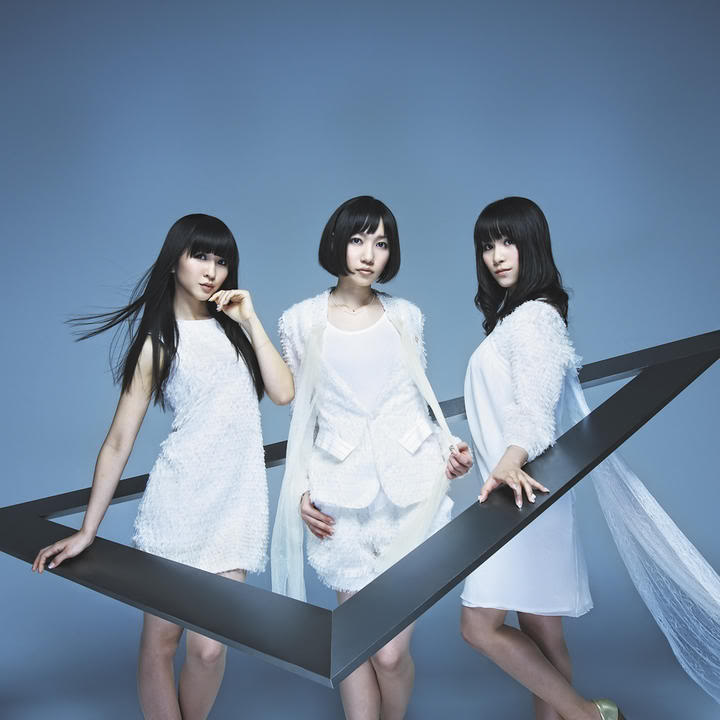 Perfume - Triangle n°1 del ORICON/ALBUM!!! Triannew2