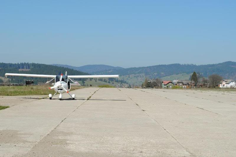 Suceava, Vatra Dornei - Aerodromul Floreni (LRFL) - Pagina 2 DSC_0895
