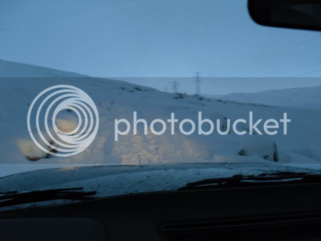 Having fun in the snow 019-1