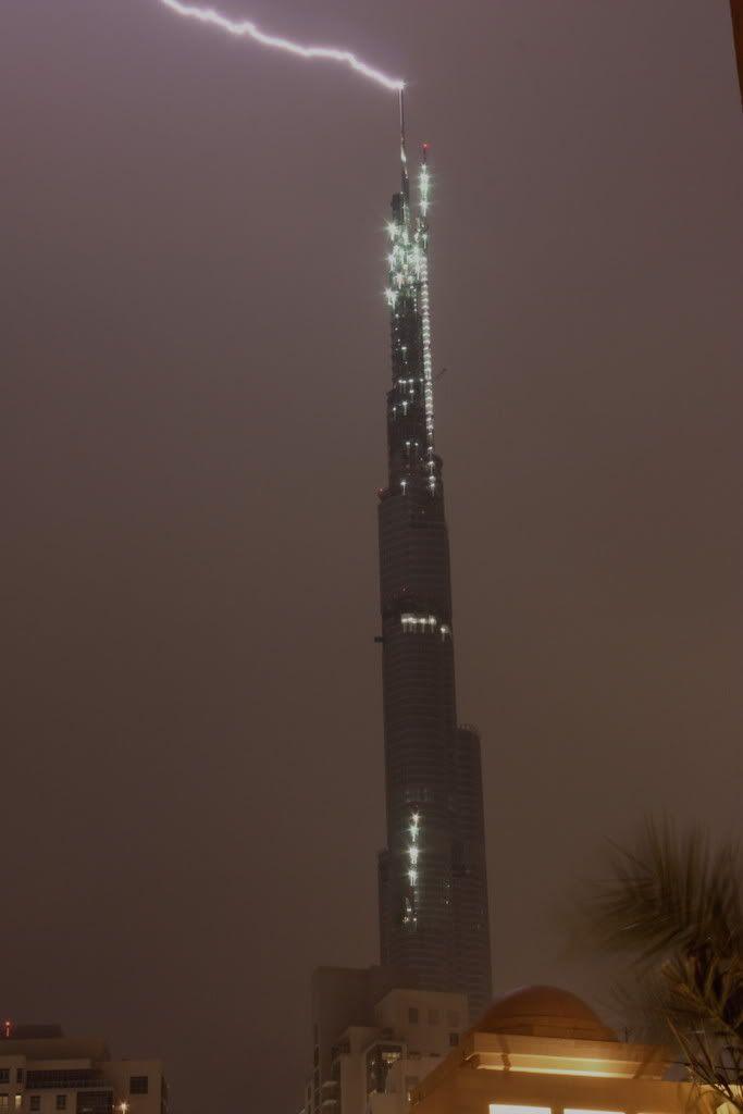 افتتاح برج دوبى امس الاثنين - صور من اروع الصور الملتقطه للبرج IMG_2253
