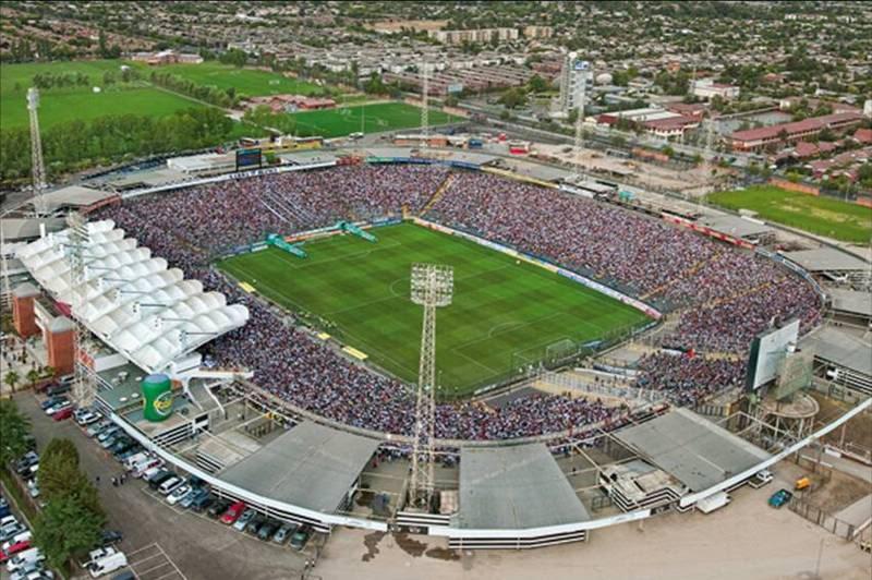 Estadio Monumental (Chile) Colo02